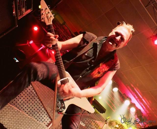 Primal Fear, el guitarrista recuperado Tom Naumann, miembro fundador pero Guadiana: 1997–2000, 2003–2007, 2013- (foto: Unai Endemaño).