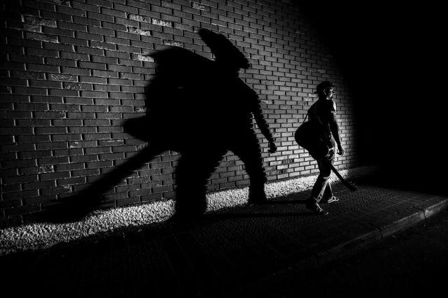 La sombra de Springsteen, Dylan o Guthrie se cierne sobre Untzeta en 'Seinaleak', atractivo al margen de idiomas (foto: Jorge Salvador).