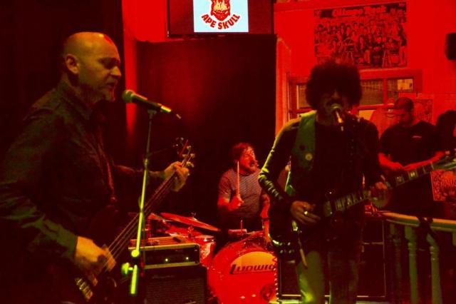 Ape Skull: Se juntaron en 2008 y se etiquetan como 'Psych Funk Hard Rock' (foto: Mr. Duck).